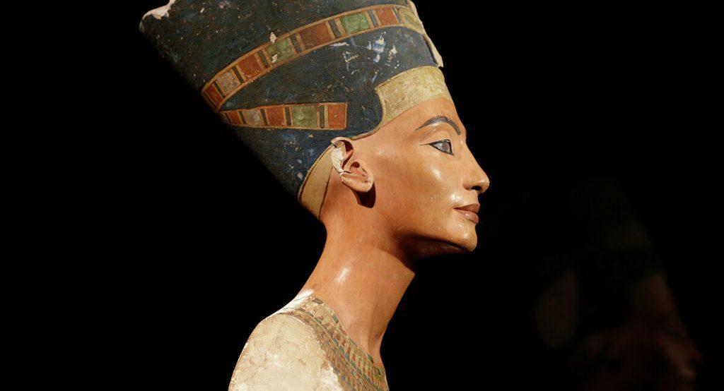 Bust Nefertiti
